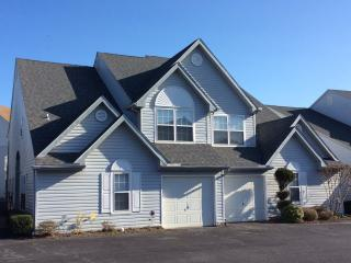 Clean and spacious 4 bedroom Villa, Rehoboth Beach