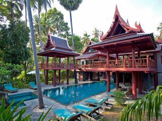 Koh Samui Beach Front Villa, Pattaya