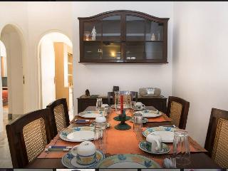 Dining pleasures with StaywithUs Homes!
