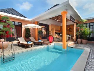 #B4 Pretty comfy villa 500m from Seminyak beach