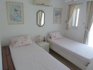 Lovely apartment with a Swimming Pool, Protaras