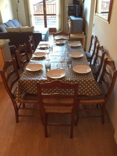 Dining - seats 8