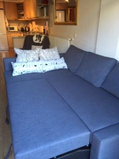 Lounge sofa easily opens up to double bed