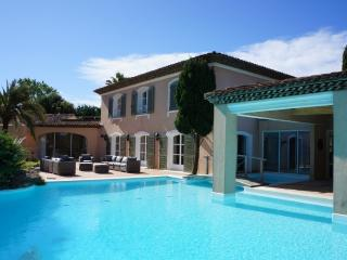 450 m² villa with pool - land 5000 m² Fine Volumes, Ramatuelle