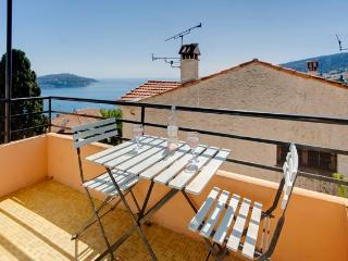 Villa le Studio stylish, with amazing views, Villefranche-sur-Mer