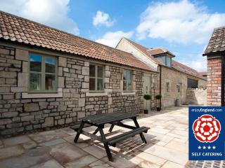 Stables Cottage - Just 2 miles to Bath, Bathampton