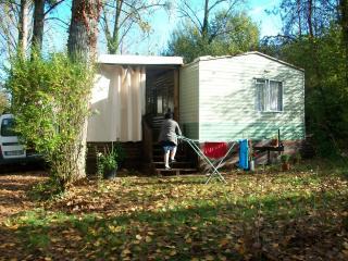 Mobil-home N°22, Hautefort