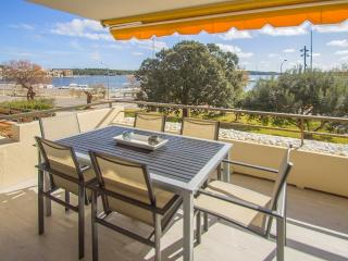 Front line apartment in Portocolom, Porto Colom