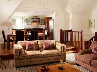 Luxury 4 bed holiday rental on Gleneagles estate