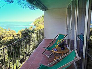 Appartamento con terrazza vista mare, Scaglieri