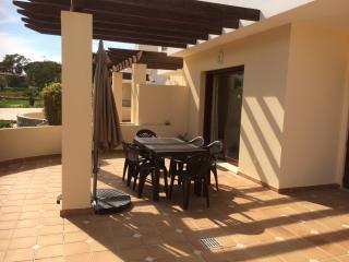 3 bedroom accessible apt in 5* resort in Vila Sol, Vilamoura