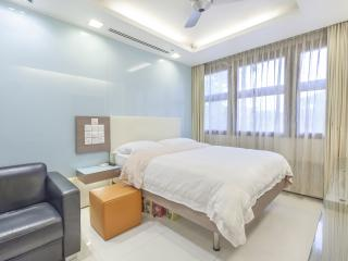 Bugis Premium Studio Cambridge, Singapur