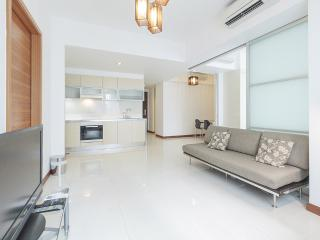 Marina Bay Standard 2 Bed Apt 21 AE, Singapore