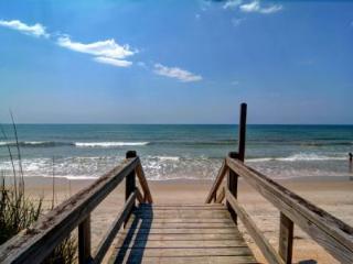 Girls-N-Buoys, North Topsail Beach