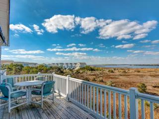 110 Calinda Cay Court, North Topsail Beach