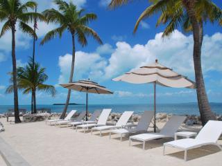 Paradise Rental Retreats Private Beach, Pompano Beach