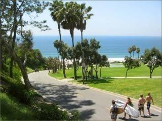 Tidy 2bd Monarch Beach Condo from $109/nt