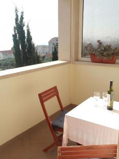 SA1(2): balcony