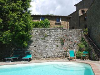 3 bedroom Villa in Volpaia, Tuscany, Italy : ref 2268308