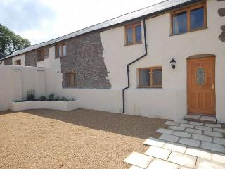 PLOUG Barn situated in Bude (5mls N)
