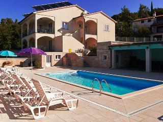 Villa Vires Apartment 4+2, Rabac