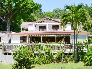 Villa with pool, sea view near beach, Basse-Terre