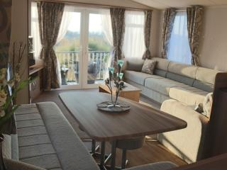 Luxury Farm Holiday Home - Snowdonia Retreat