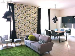 NEW charming apartment between downtown and EXPO, Milán