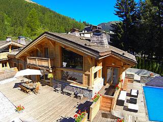 Chalet Terre, 5* Chalet with heated swimming pool, Argentière