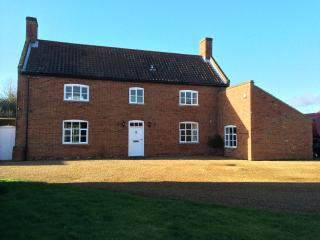 Manor Farm, Sco Ruston, NR12 8EY