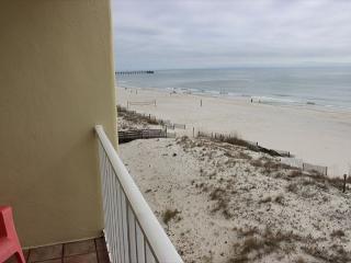 Awesome views!! Beach front condo, Gulf Shores