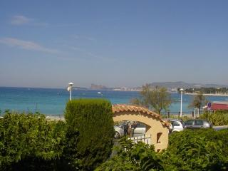 Beachfront Villa Rental, Saint-Cyr-sur-Mer
