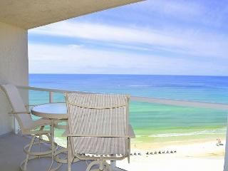Budget-friendly, beautiful, clean condo with gulf views and a private balcony