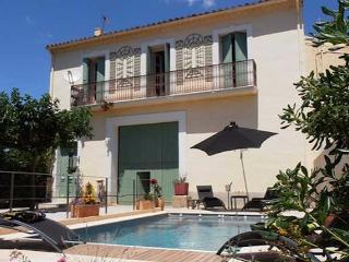 Lezignan-la-Cebe holiday villas in South France
