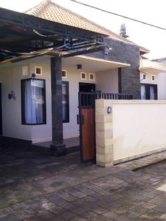 house 4 bedrooms 3 bathrooms full furnished bali