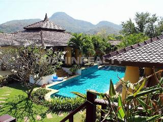 Premium class villa for rent in Hua Hin