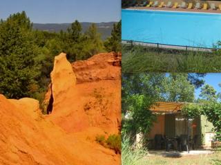 GITE des OCRES Roussillon Provence Luberon piscine, Villars en Luberon