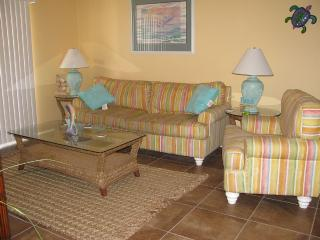 Centrally Located Front Beach Road Condo, Panama City Beach