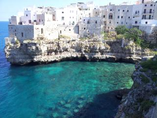 Casa Vico Corte, historical centre 2min from sea, Polignano a Mare