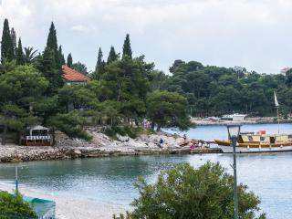 Apartments Lotea-Two-Bed Ap with Sea View Terrace, Cavtat