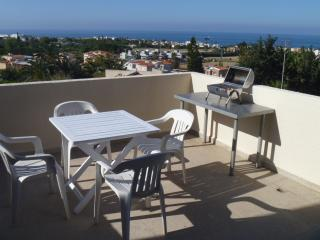 1-Bed apartment with seaview & pool, 500m to beach, Chlorakas
