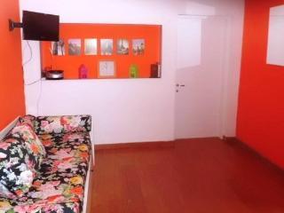 sala living, divano trasformabile in due letti