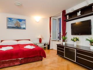 Apartments Borkovic Old Town - Standard Triple Studio - fourth floor, Dubrovnik