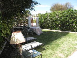 Beachfront Villa in Mijas, with garden and pool, La Cala de Mijas
