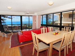Unit 3 Phoenix Apartments, 1736 David Low Way Coolum Beach - Linen Included, $500 Bond