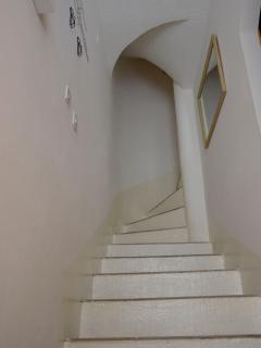 Fuoco Cittadella-entrance. Ground floor. Stairs leading to the rooms.