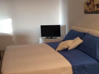 Monolocale sul mare con 4 posti letto, Santa Marina Salina