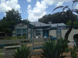 The Blue House, Austin