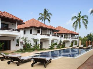 Bangrak 2-Bed Pool Villa 800m to Beach