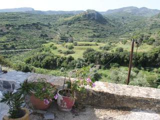 Tsikalaria holiday home  / stone  house